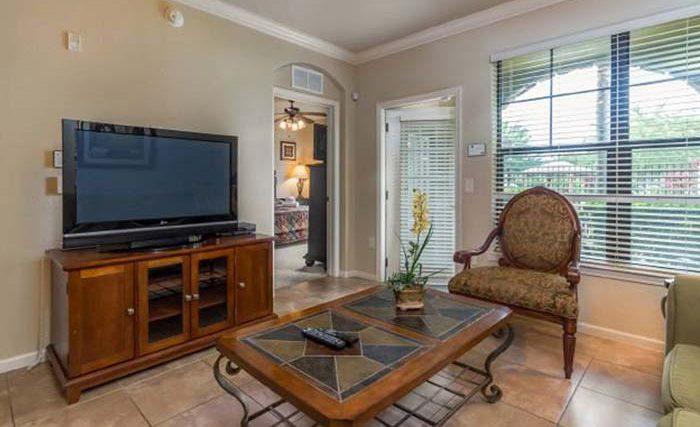 Bella-Piazza-Resort-Condos-in-Orlando-3BR-2-op