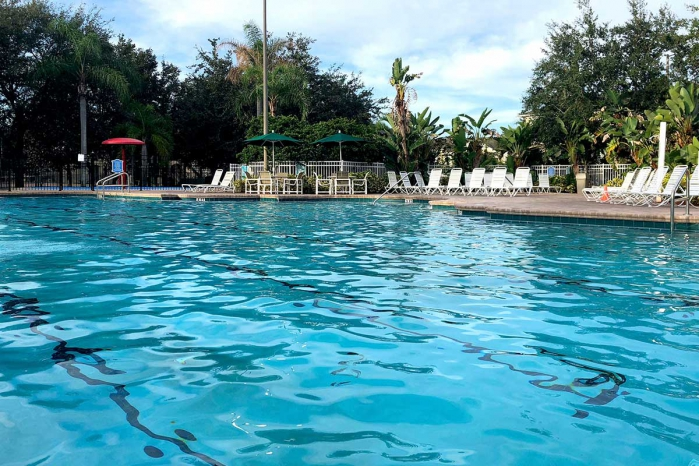 /hotelphotos/thumb-700x466-192216-1023-Windsor Palm Resort Vacation Home Pool 2.jpg