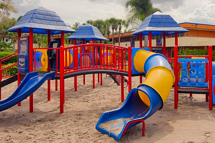 /hotelphotos/thumb-860x573-342231-Red Lion MGD Playground.jpg