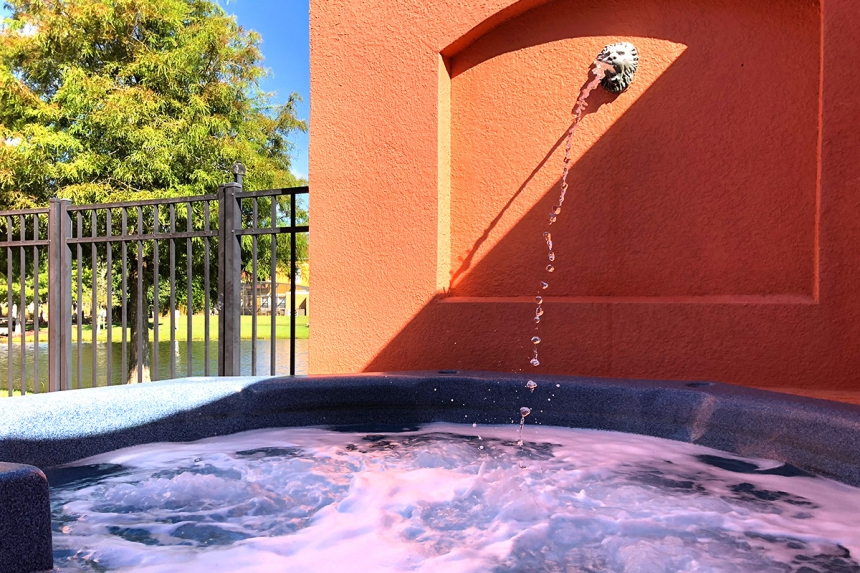 /hotelphotos/thumb-860x573-471621-Terra Verde TH3 Hot Tub.jpg