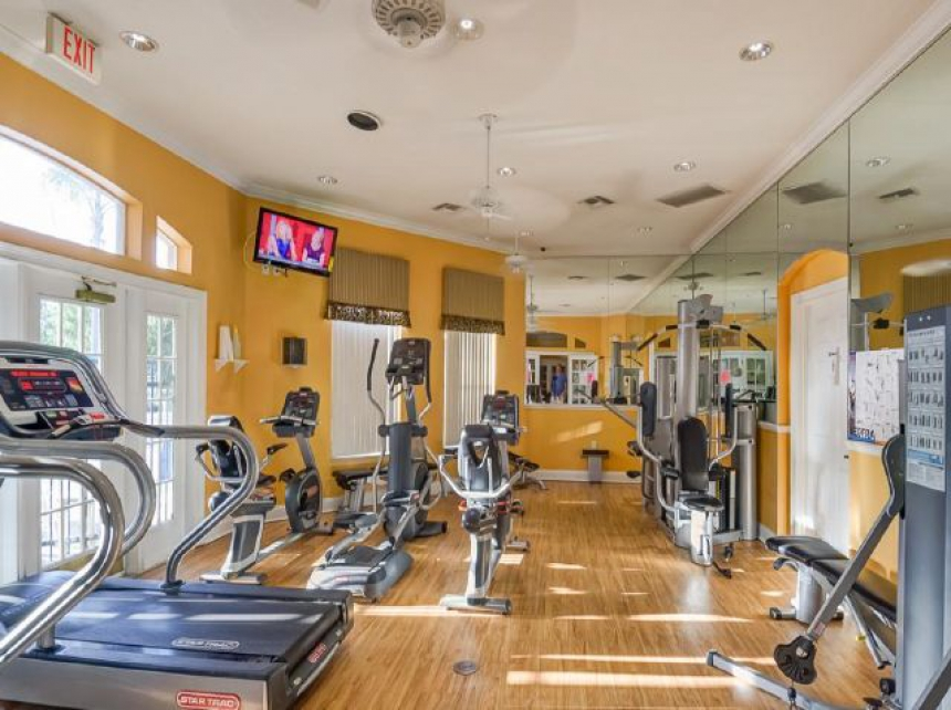 /hotelphotos/thumb-860x642-60410-Fitness Center.jpg