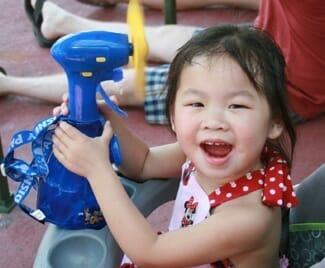 disney-world-hot-day-kids
