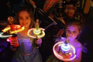 orlandovacation_disney-glow-toys