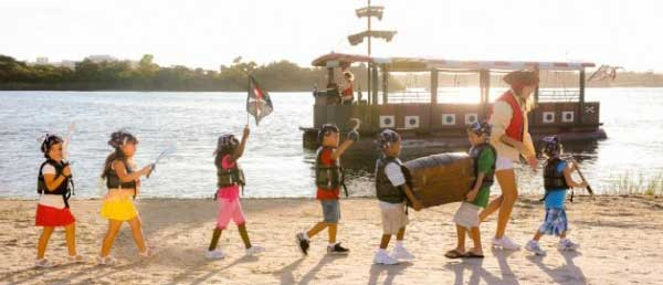 orlandovacation_disney-kids-pirates-club