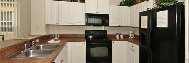 orlandovacation_home-rental-furnished-kitchen