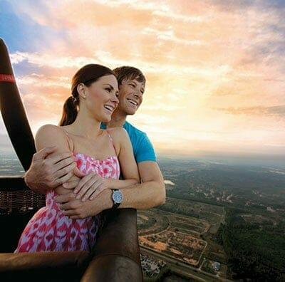 orlandovacation_couple-balloon-ride