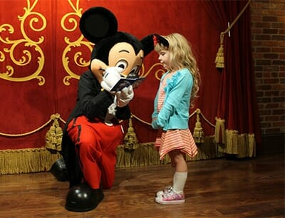 orlandovacation_mickey-mouse-autograph