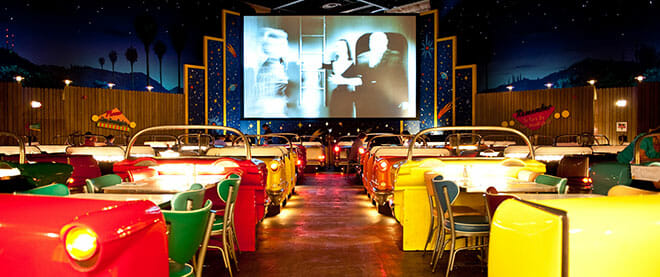 orlandovacation_sci-fi-diner-drive-in