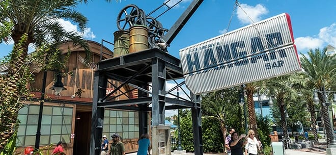 the-hangar-bar-disney-springs