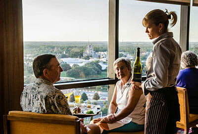 grandparents dining at disney world