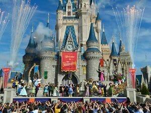 Hotels Between Disneyland And Universal Studios