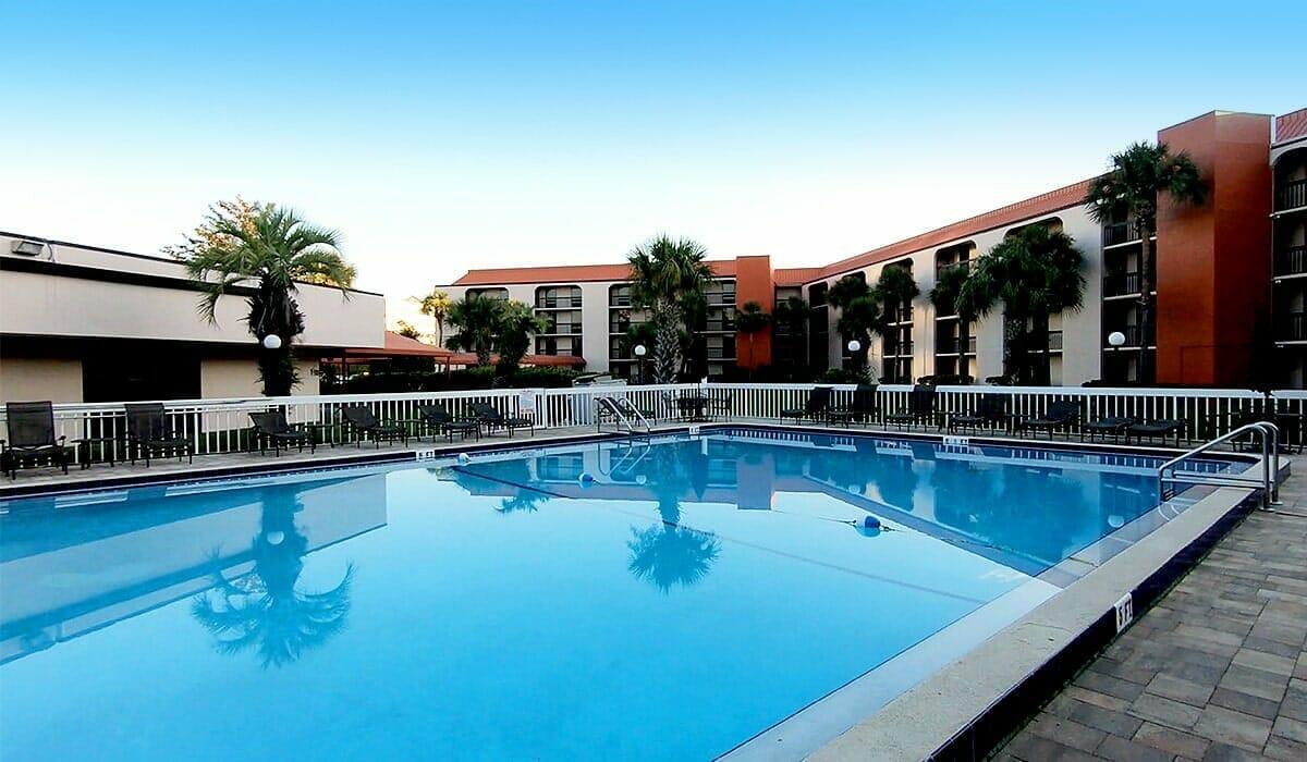 Baymont Inn Universal Orlando Hotel Pool 2