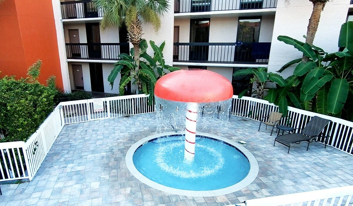 Baymont Inn Universal Orlando Hotel Pool Kids Area