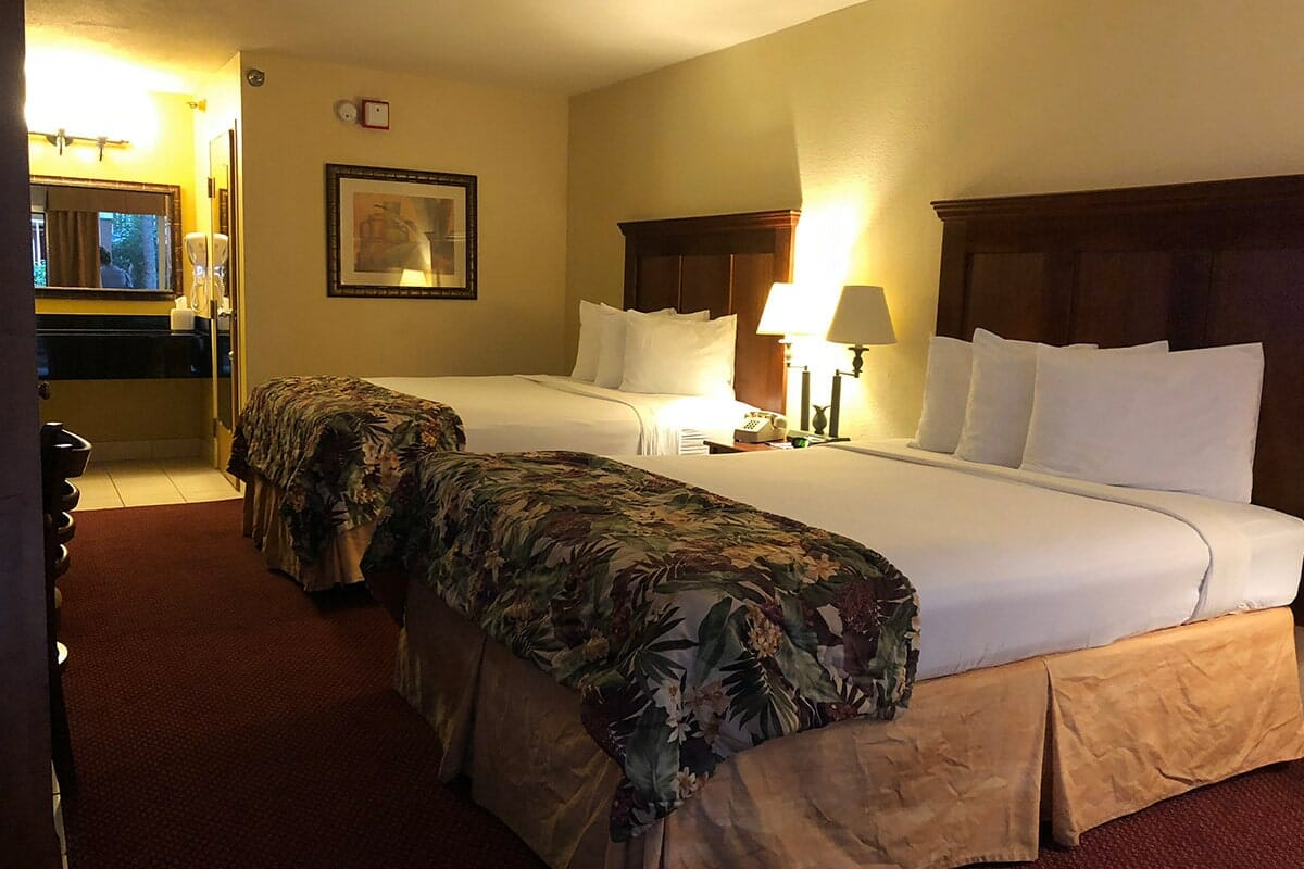 Baymont Inn and Suites Disney Orlando Hotel 2 Beds Room