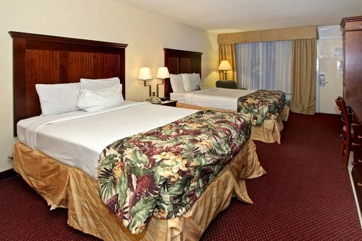 Baymont Inn and Suites Disney Orlando Hotel Double Beds 2
