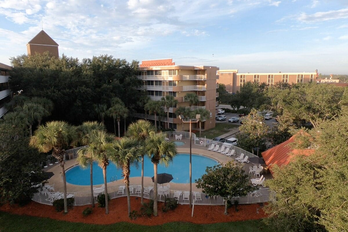 Baymont Inn and Suites Disney Orlando Hotel High View Pool