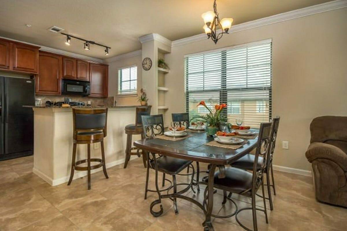 Bella Piazza Resort Condos in Orlando 4BR Kitchen 1