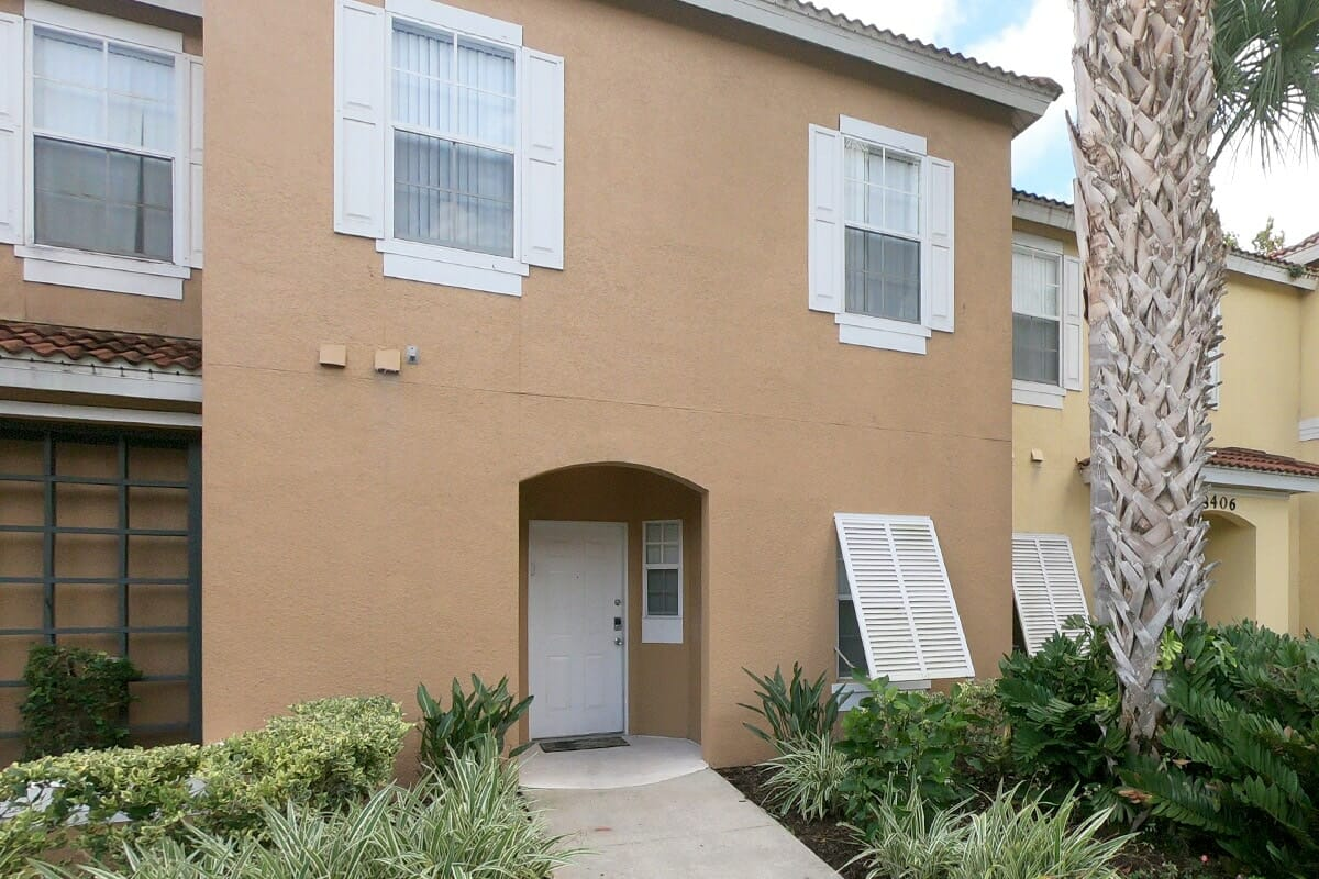 Emerald Island Resort Condos in Orlando 3BR Front