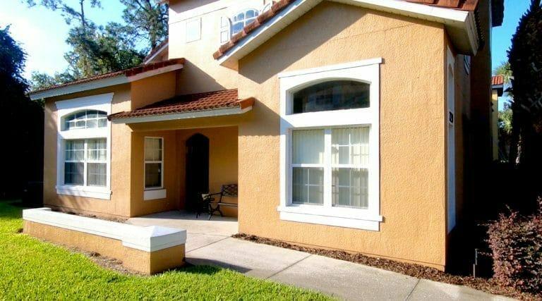 Emerald Island Resort Condos in Orlando Front 4BR TH
