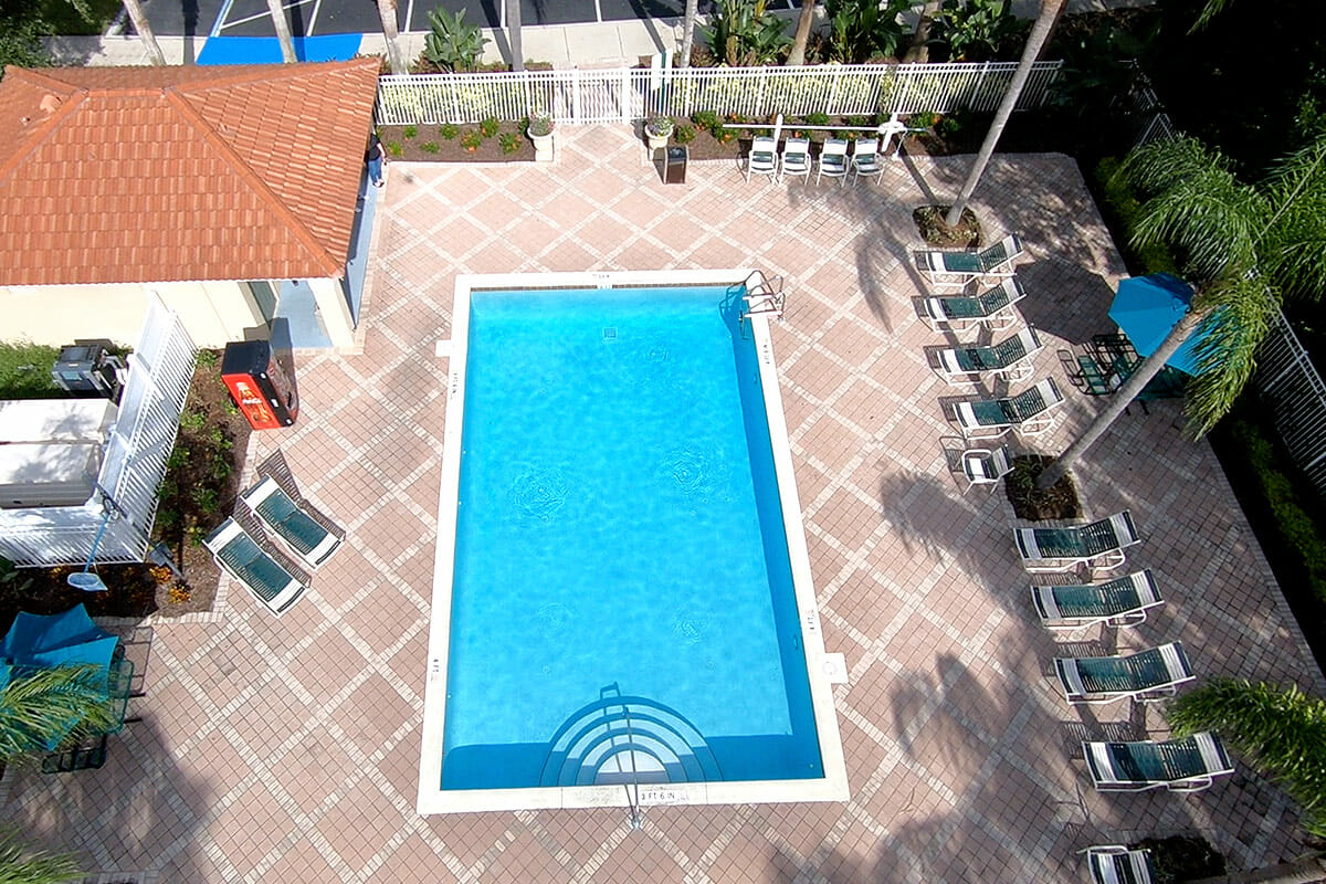 Emerald Island Vacation Town Home Pool 2