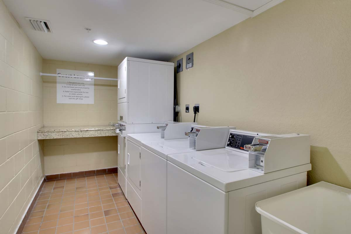 Hyatt-Lake-Buena-Vista-Hotel-Guest-Laundry