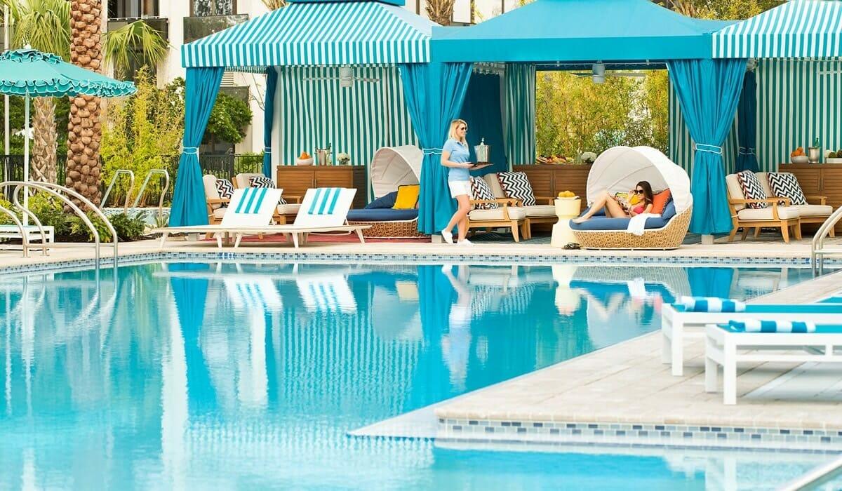 Hilton Buena Vista Palace Pool Service