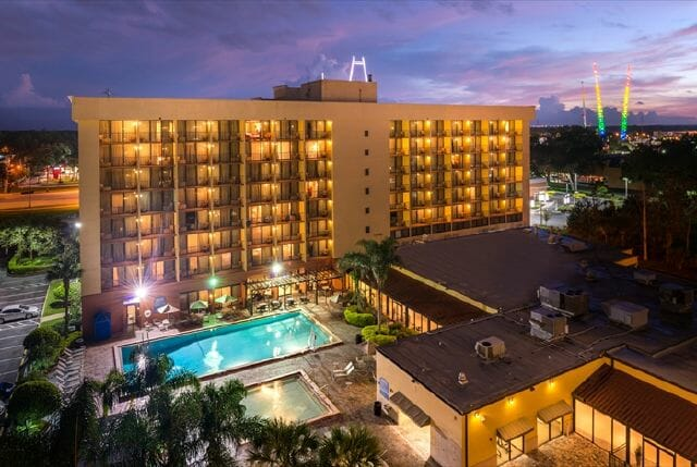 HOLIDAY INN – SW Orlando Celebration area - Staying at Hotels Near Disney World