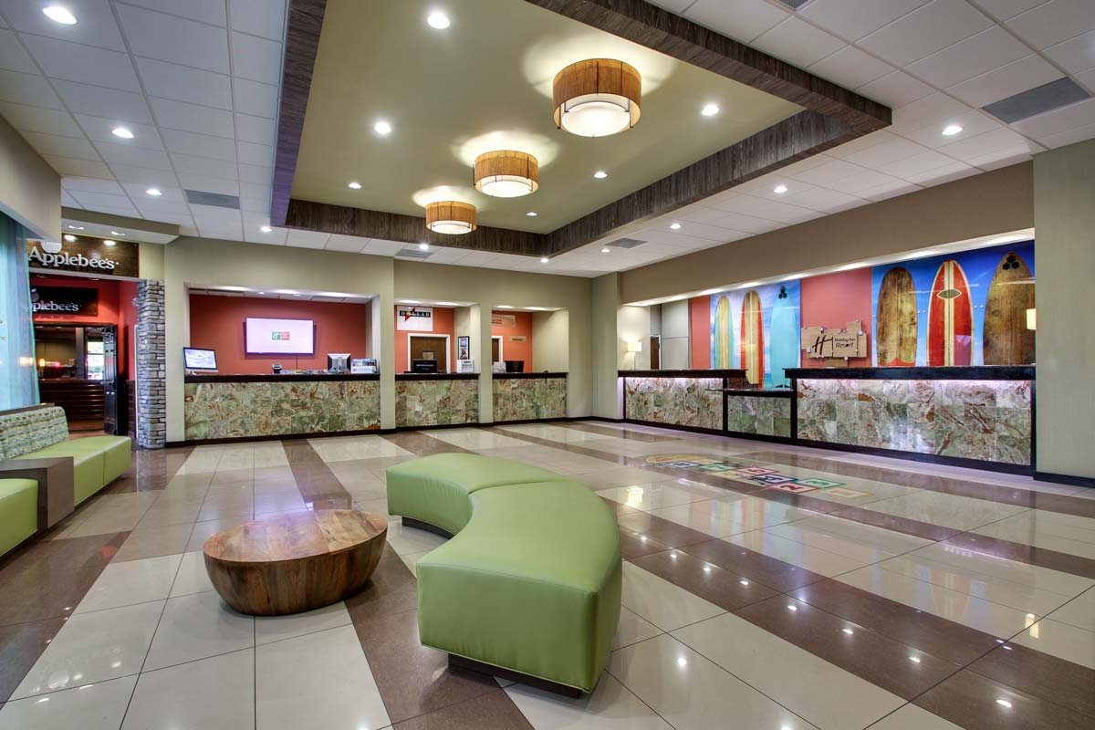Hyatt-Lake-Buena-Vista-Hotel-Lobby