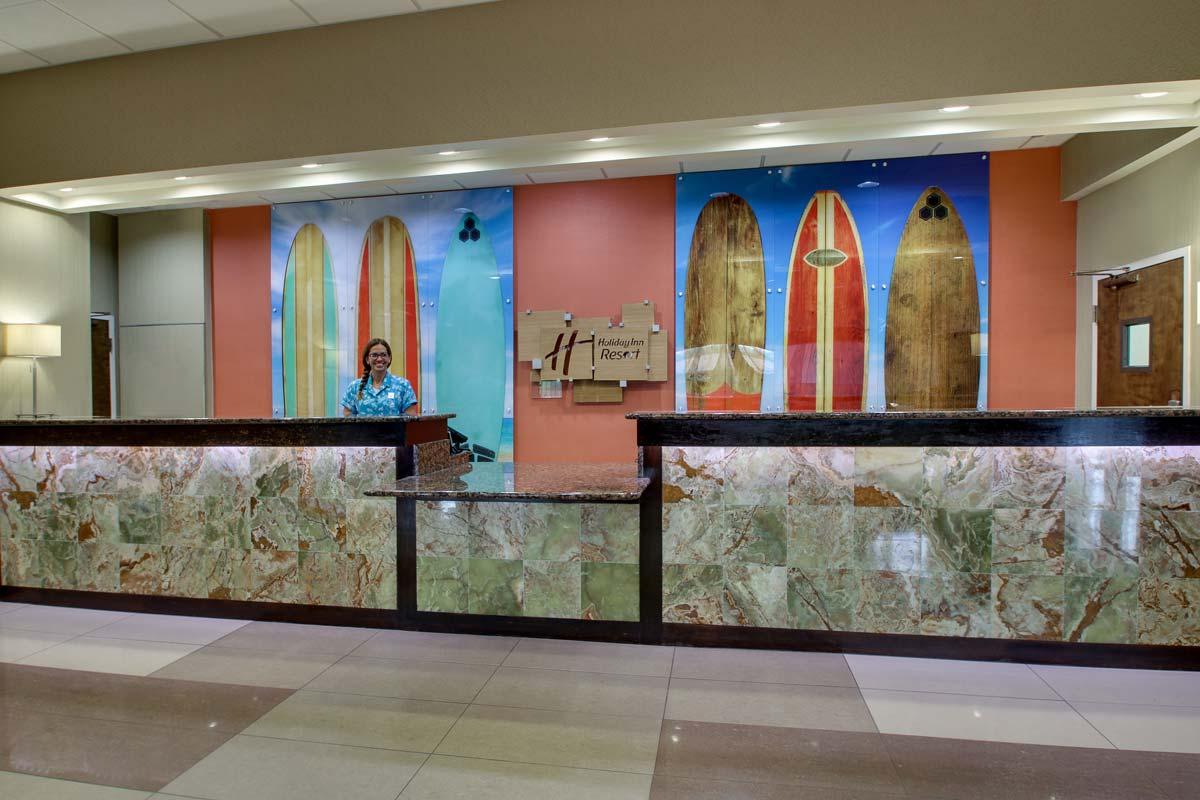 Hyatt-Lake-Buena-Vista-Hotel-Lobby_Front-Desk-W-Staff