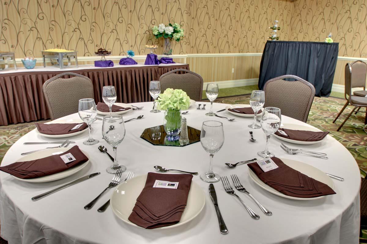 Hyatt-Lake-Buena-Vista-Hotel-Meeting-Room_Discovery-Room-