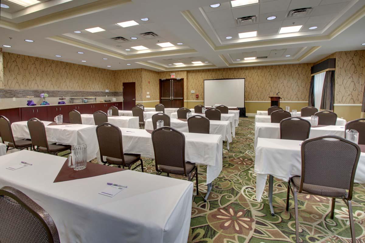 Hyatt-Lake-Buena-Vista-Hotel-Meeting-Room_Magic-Room