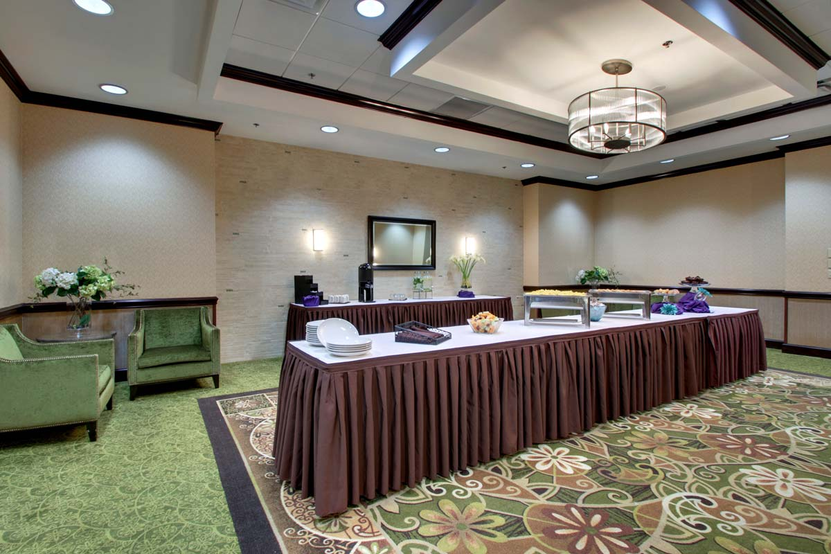 Hyatt-Lake-Buena-Vista-Hotel-Meeting-Room_Pre-Function-Space