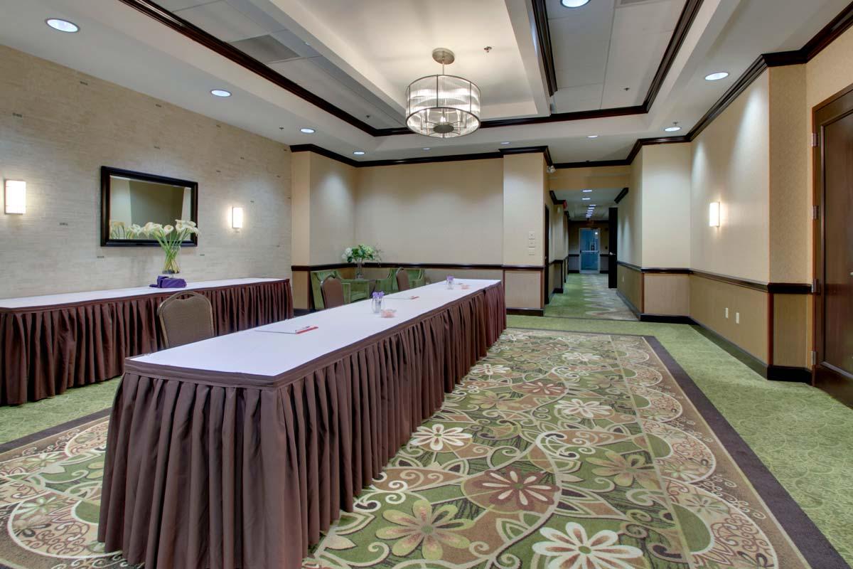 Hyatt-Lake-Buena-Vista-Hotel-Meeting-Room_Pre-Function-Space_Registration-Area