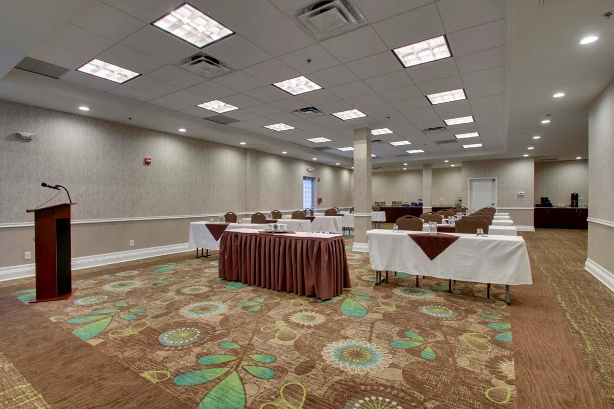 Hyatt-Lake-Buena-Vista-Hotel-Meeting-Room_Vista-Room