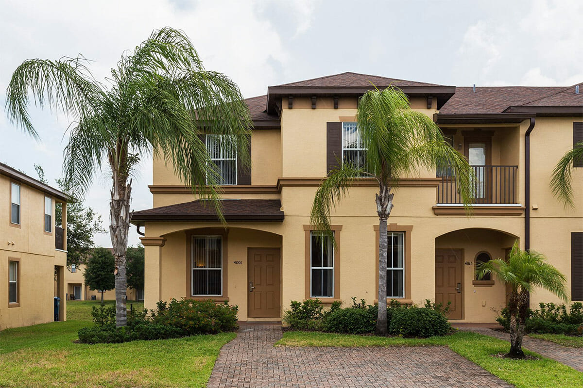 Regal Palm Resort Vacation Town Home Front view 1