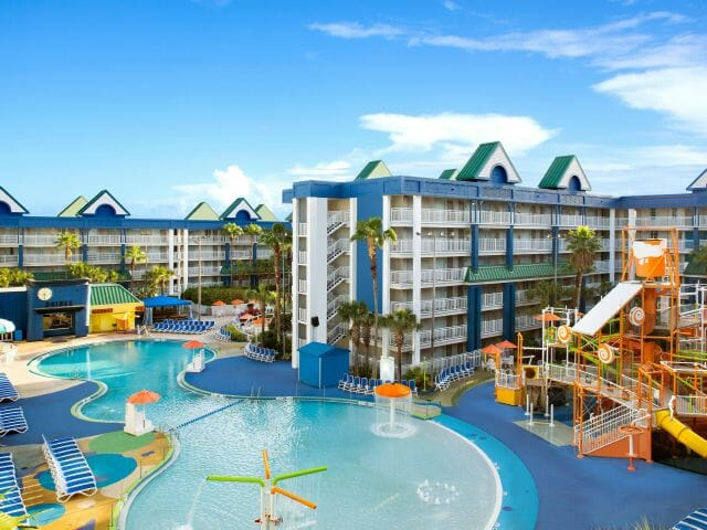 Holiday Inn Resort Orlando Suites with Waterpark - Best Orlando Hotel Deals