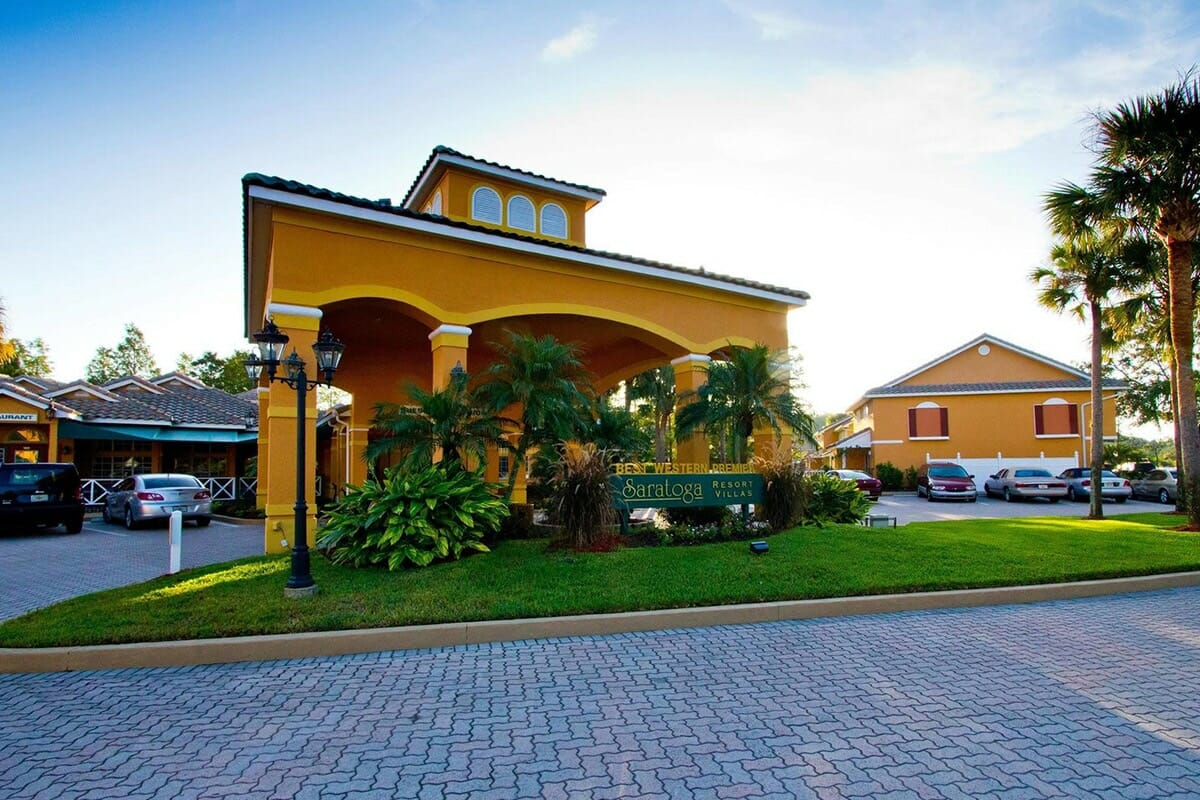 Saratoga Resort Villas Orlando Hotels Front