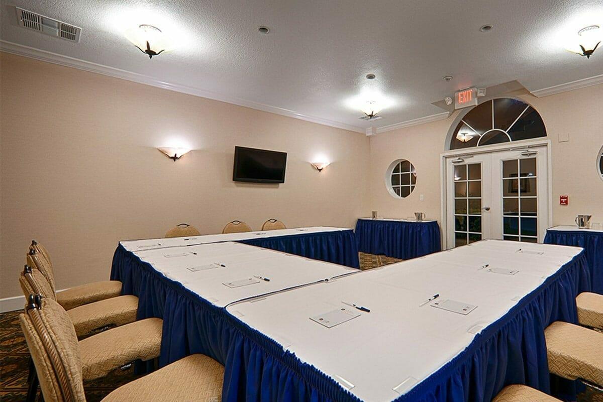 Saratoga Resort Villas Orlando Hotels Meeting room
