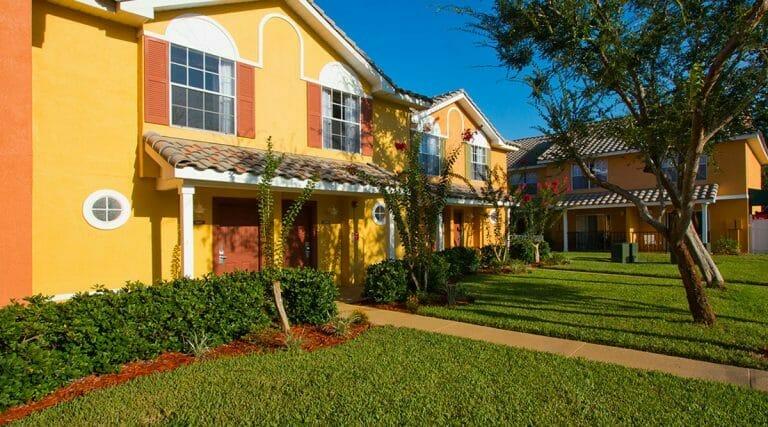 Saratoga Resort Villas Orlando Hotels Rooms Front 2