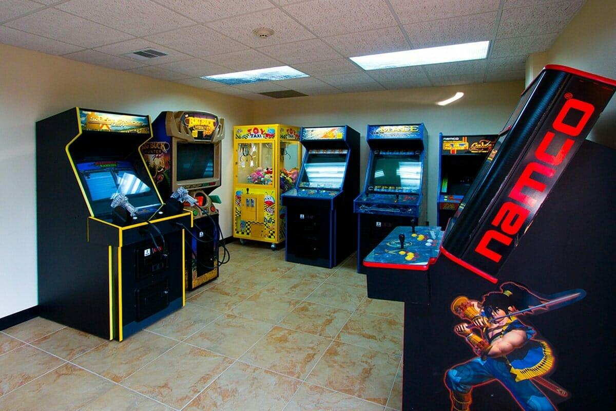 Saratoga Resort Villas Orlando Hotels gameroom