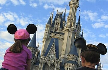 visiting disney world with autism