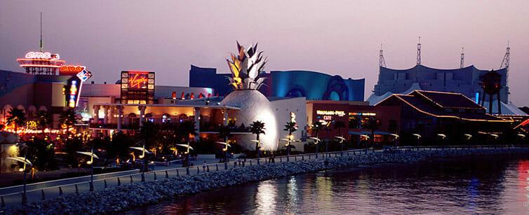 Shopping Disney Springs Orlando
