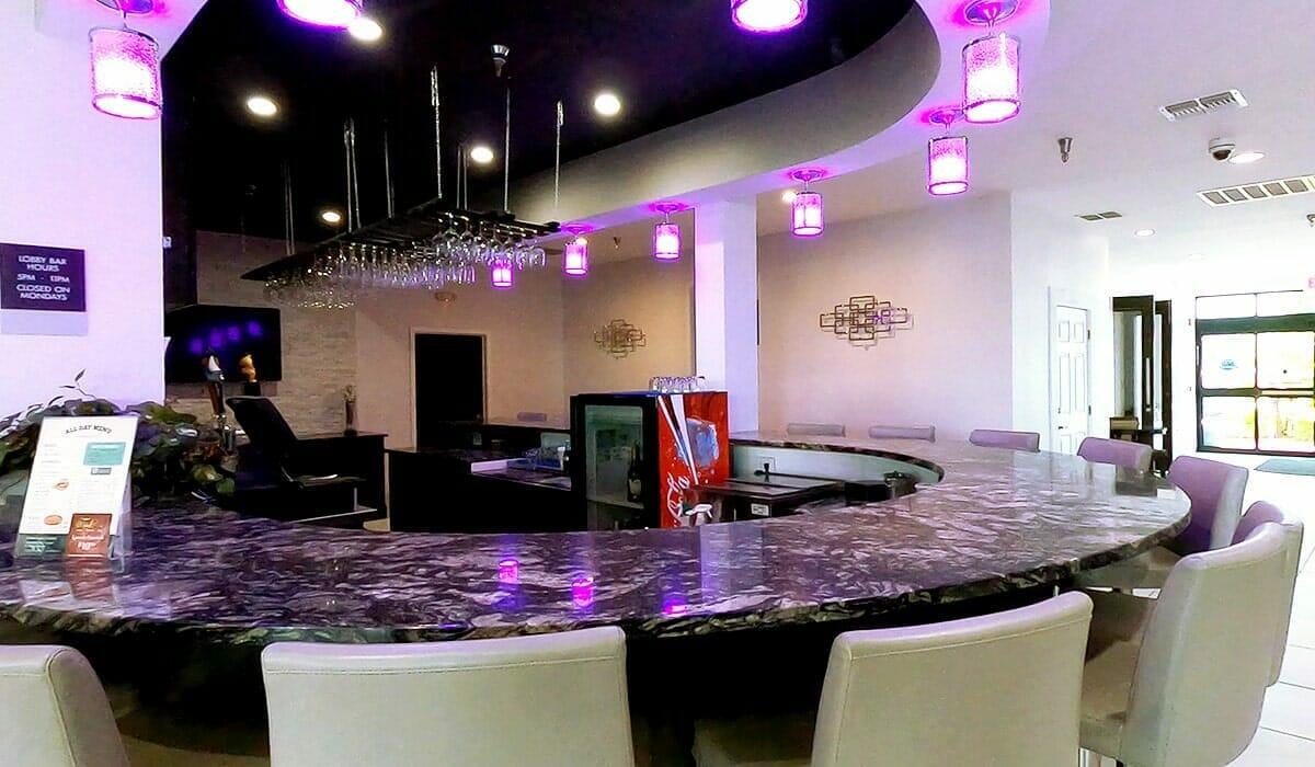 Clarion Hotel Orlando Bar