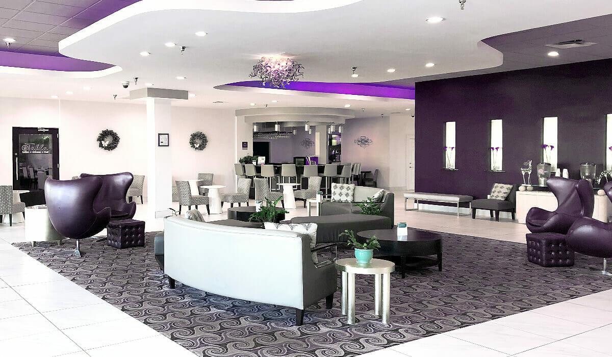 Clarion Hotel Orlando Lobby