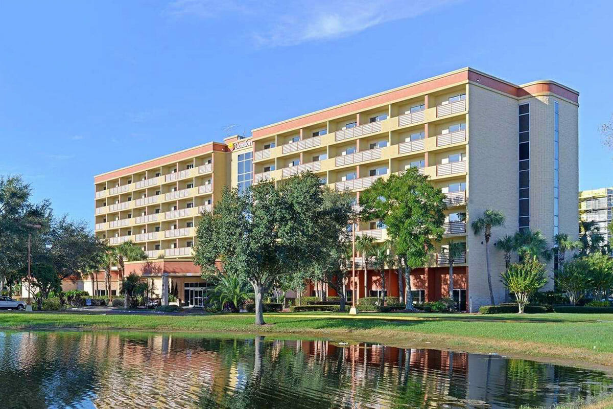 Comfort Inn Orlando Hotel Lake Buena Vista Front view