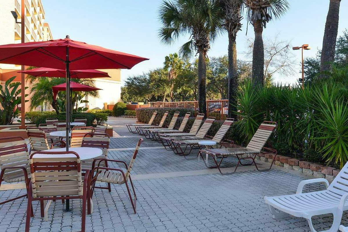 Comfort Inn Orlando Hotel Lake Buena Vista Patio