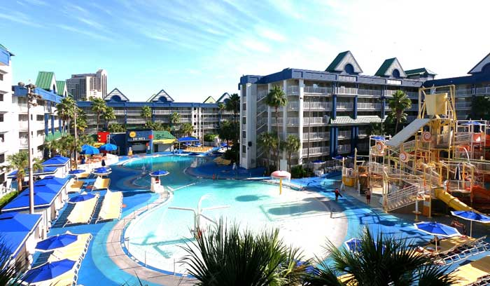 Holiday-Inn-Suites-Waterpark-Orlando-Hotel