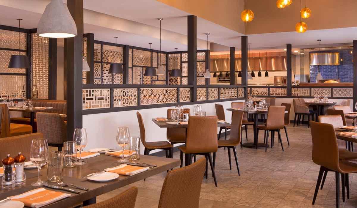 The Grove Resort and Spa Orlando Hotel Dinning Area