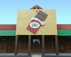 Chocolate Kingdom - storefront