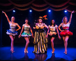 Teatro Martini showtime ladies